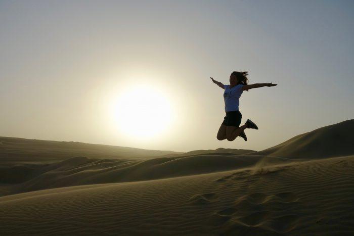 Riesige Sanddünen, so weit das Auge reicht