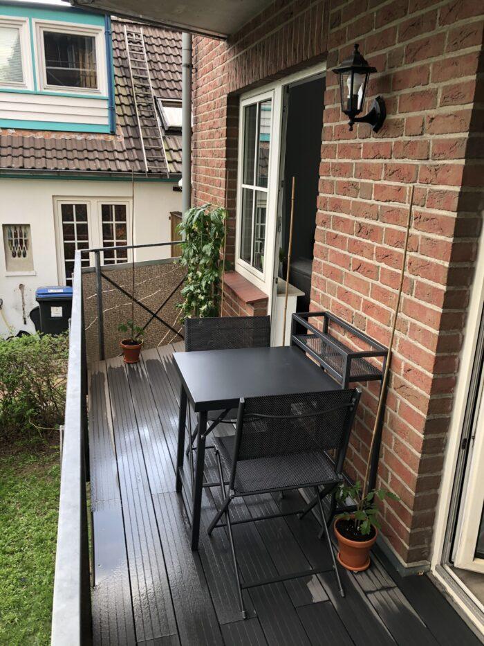 Tomaten pflanzen und Balkon aufhübschen